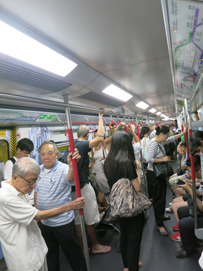 quick MTR ride from TST to Central (but long walk from train to the exit)